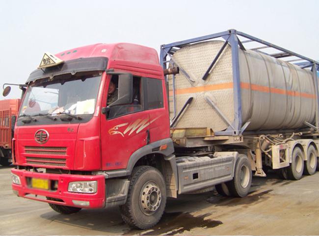 宁夏化工液体集装箱保温运输车